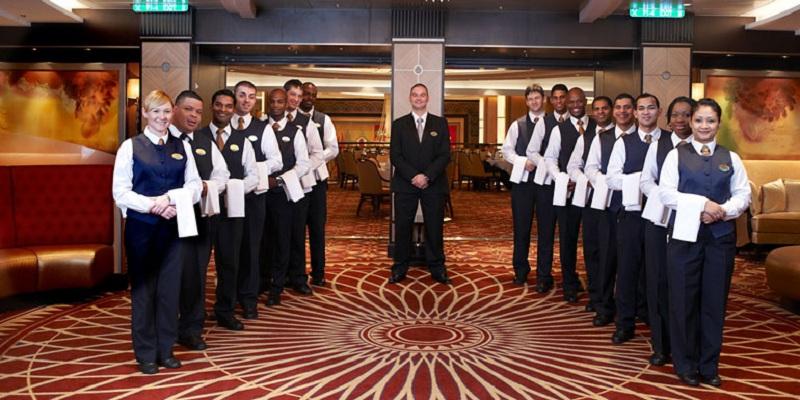 royal-staff-770