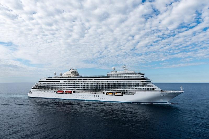 Anche Regent Seven Seas Cruises dice addio all'acqua in bottiglie di plastica