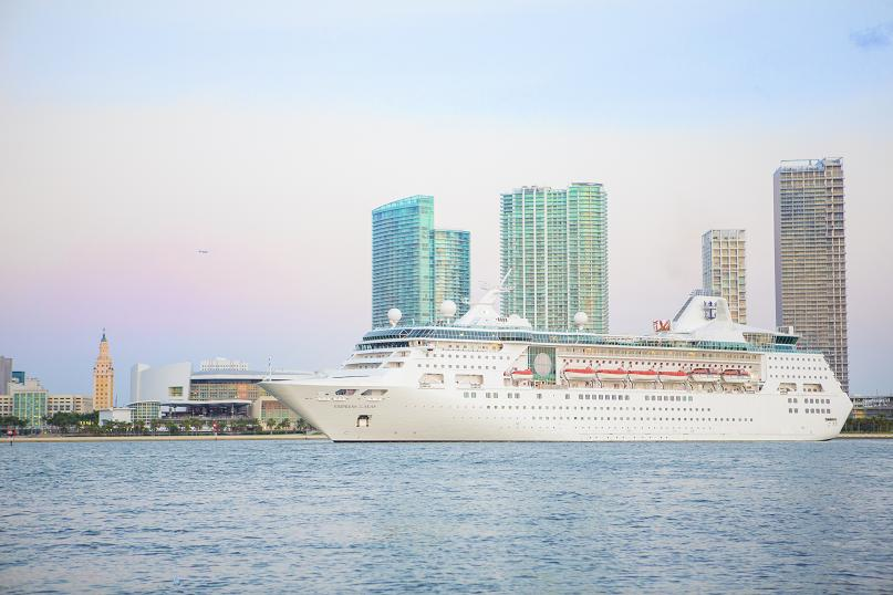 Empress of the Seas venduta alla start-up indiana Cordelia Cruises