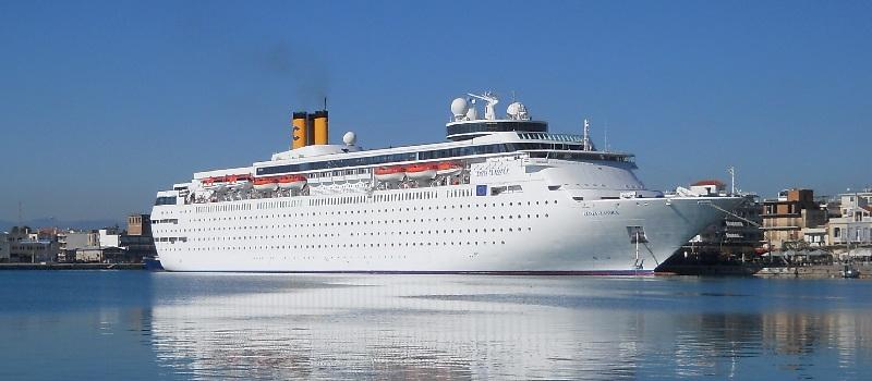 Costa Victoria ritorna nel Mediterraneo. Addio Costa neoClassica.
