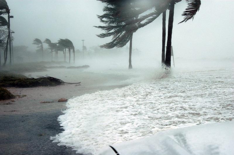 Irma danneggia gravemente i Caraibi, impatto limitato per le compagnie di crociere che operano nella regione