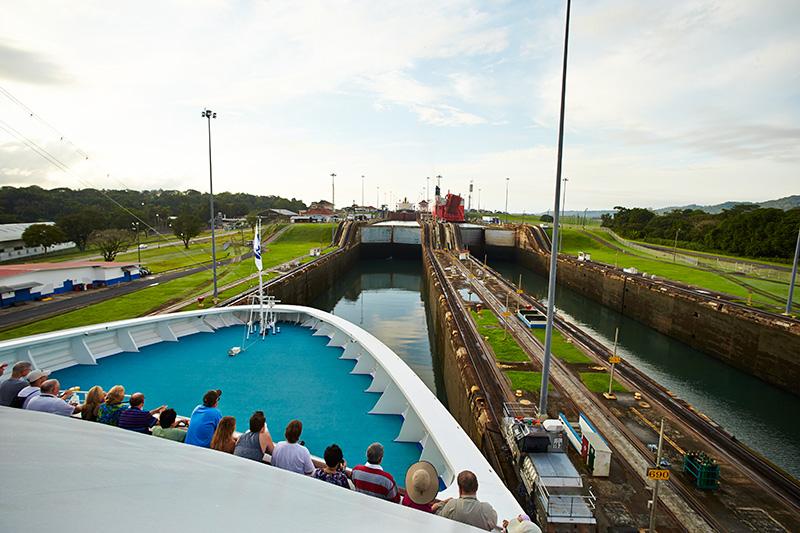 Caribbean Princess prima nave Neo-Panamax ad attraversare il Canale di Panama