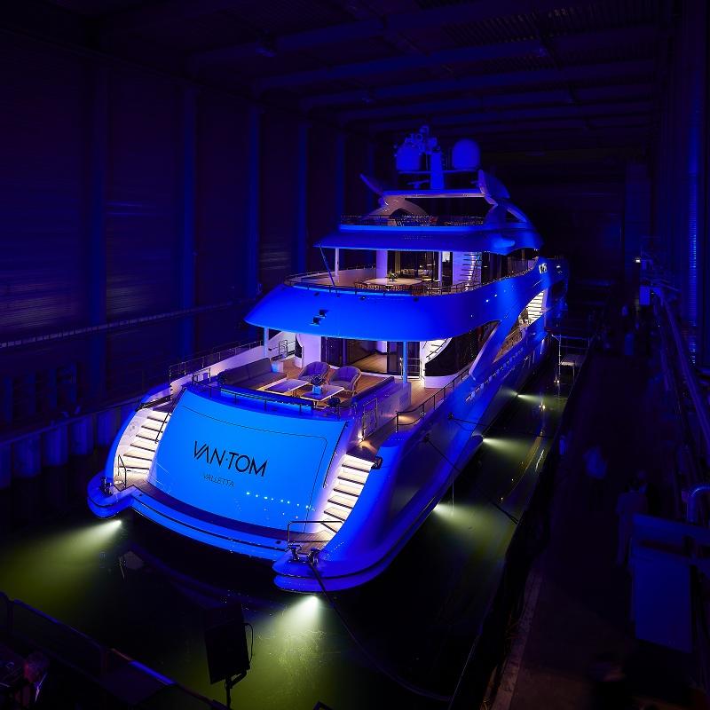 Battezzato il Project Alba di Heesen Yachts: il suo nome è VanTom