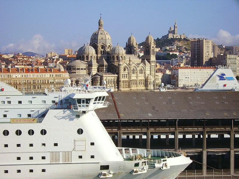 Residuato bellico esplode nel porto di Marsiglia