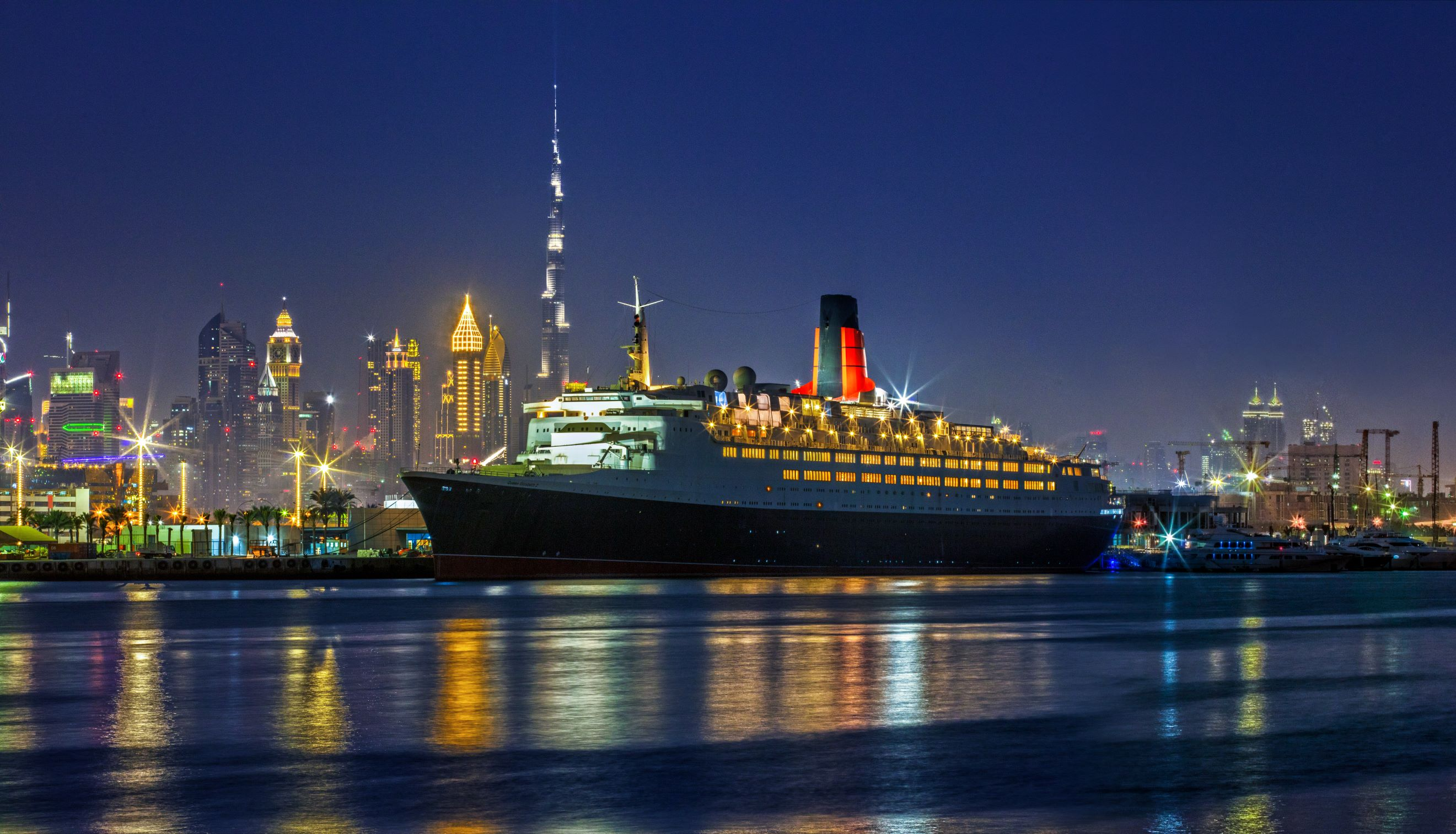 QE2_night profile_Low Res