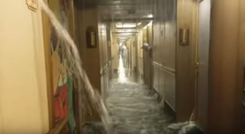 Allagati corridoio e una cinquantina di cabine della Carnival Dream per un guasto al sistema antincendio