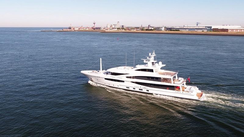 """Consegnato l'Amels 188 Limited Editions """"Volpini 2"""", primo superyacht di nuova costruzione conforme alla normativa Tier III"""