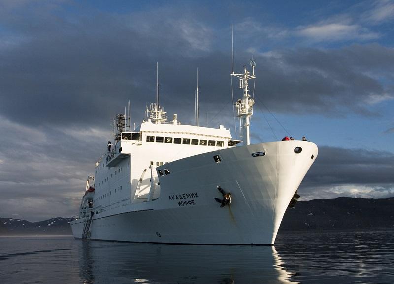 Ritirate dal servizio le navi russe noleggiate da One Ocean Expeditions