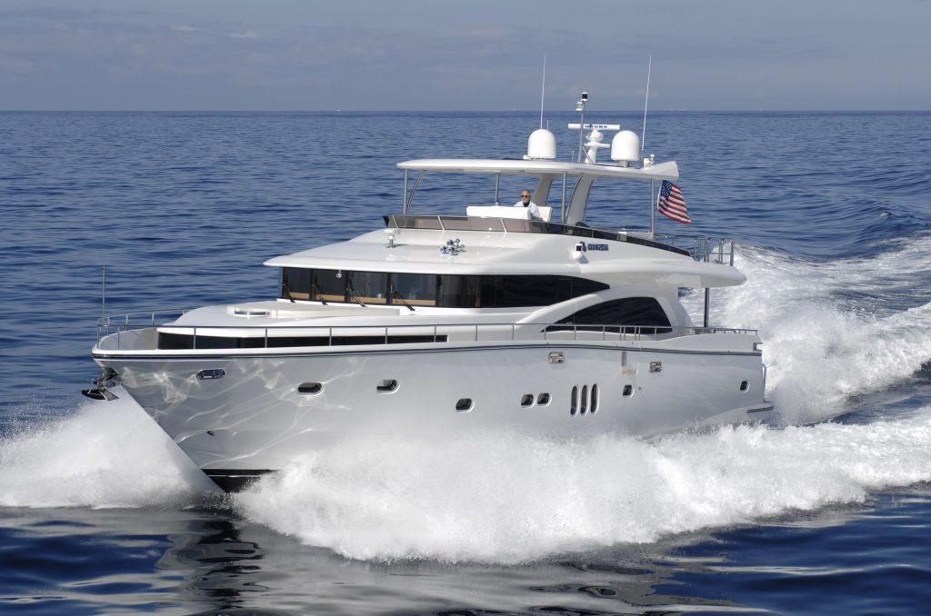Johnson 80: un superyacht entry-level ma con ampie possibilità di personalizzazione