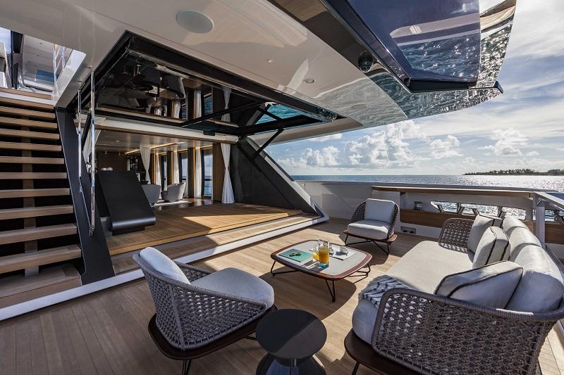 L'innovativa invenzione tecnologica di Custom Line 120′ premiata ai Boat Builder Awards 2018