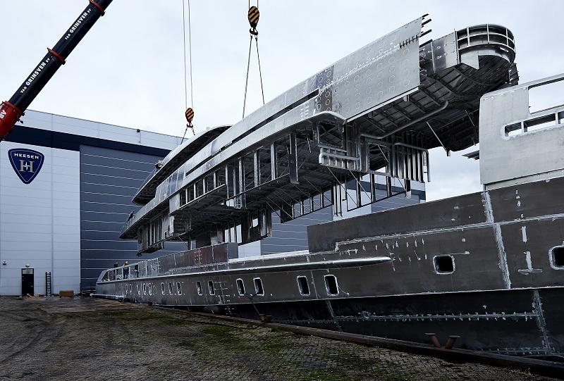 Assemblato scafo e sovrastruttura del Project Electra