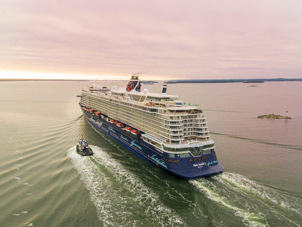 Meyer Turku consegna Mein Schiff 2 a TUI Cruises