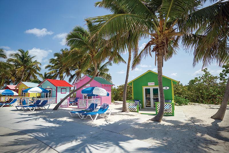 Grosso incendio a Princess Cays, Carnival sospende gli scali nell'isola