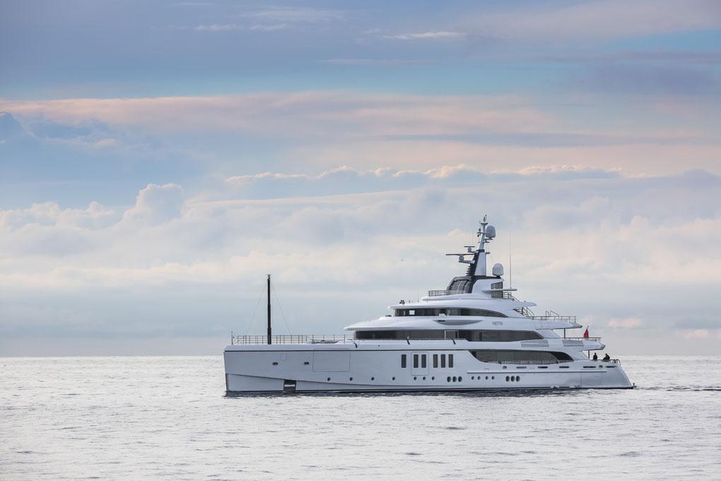 """Benetti consegna M/Y """"METIS"""", custom di 63 metri con interni innovativi e design ricercato"""