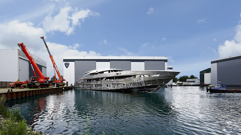 Assemblato scafo e sovrastruttura di Project Aquamarine