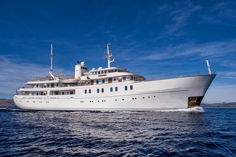 La storia unica di M/Y Sherakhan: da vecchia e fatiscente nave a magnifico superyacht