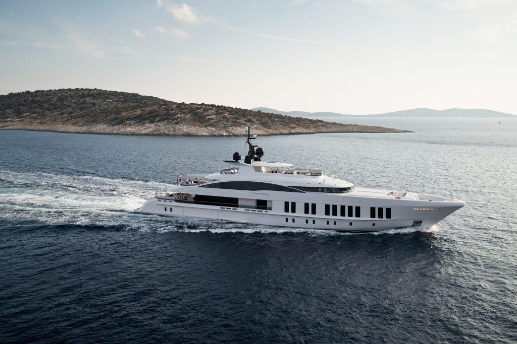 """A tre anni dal varo, l'ammiraglia di Alia Yachts """"Samurai"""" sarà finalmente presentata al Monaco Yacht Show 2019"""