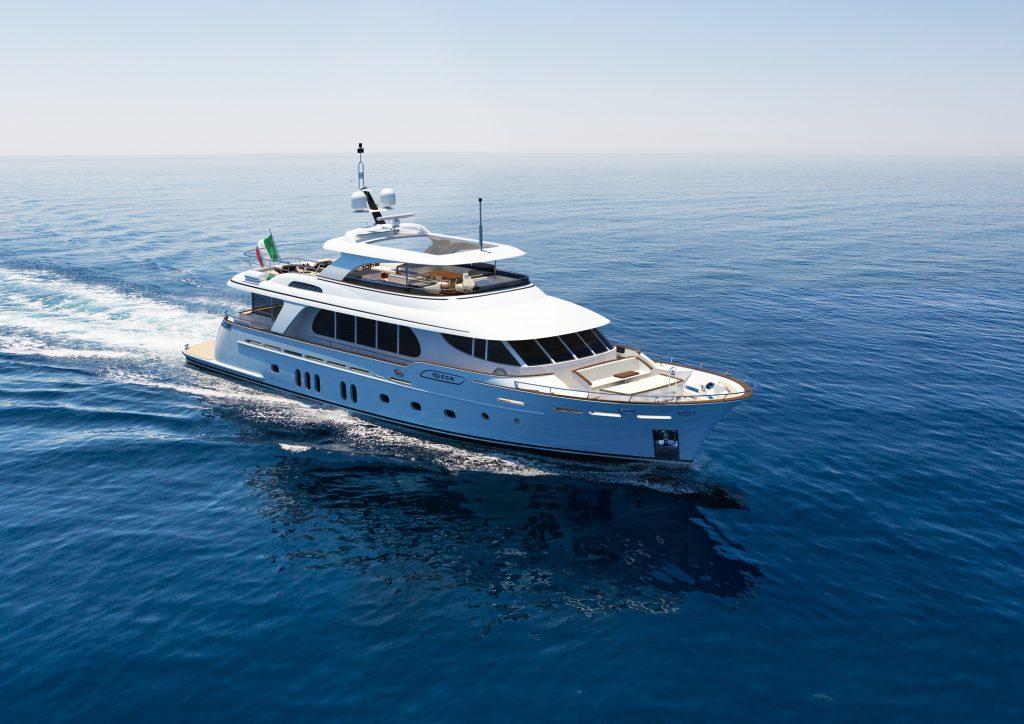"""In anteprima mondiale a Cannes M/Y Vanadis, il primo motor yacht Made in Italy ad aver ottenuto la certificazione  """"Hybrid Power"""" dal Lloyd's Register"""