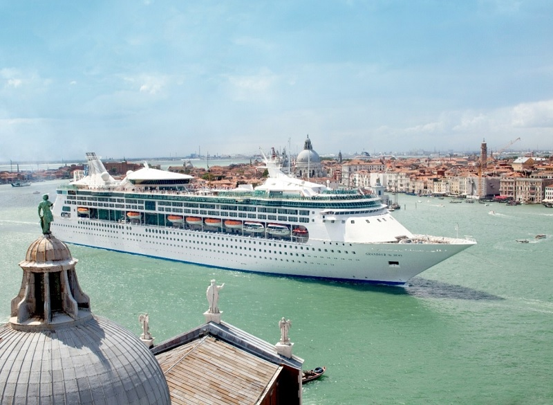 Grandeur of the Seas lascerà la flotta Royal Caribbean International nel 2021