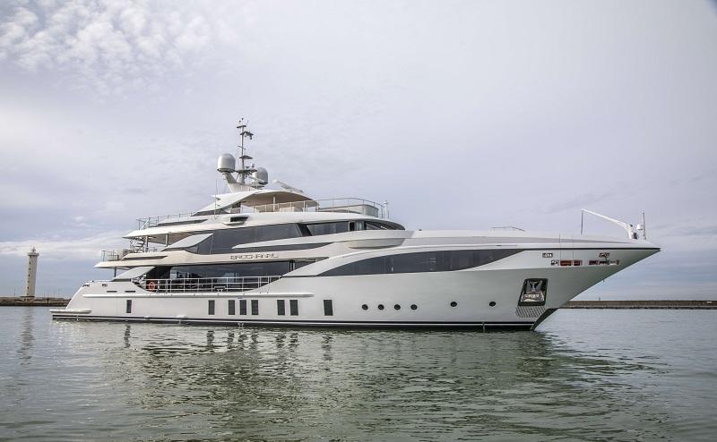 "Benetti consegna  M/Y ""Bacchanal"", superyacht custom di 47 metri"
