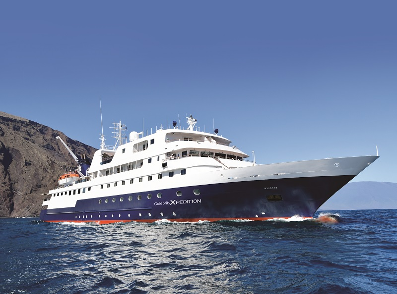 Celebrity Xpedition si incaglia alle Galapagos