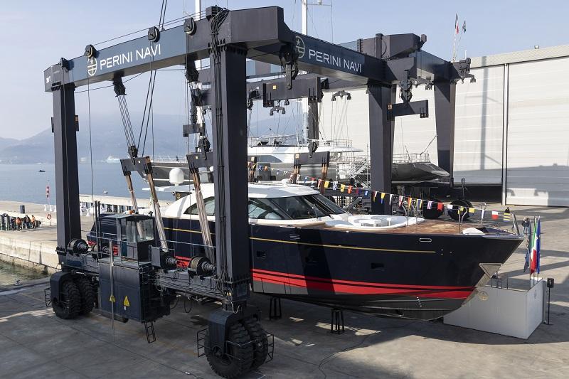 "Perini Navi vara il ""mini superyacht"" Eco-tender 25 metri"