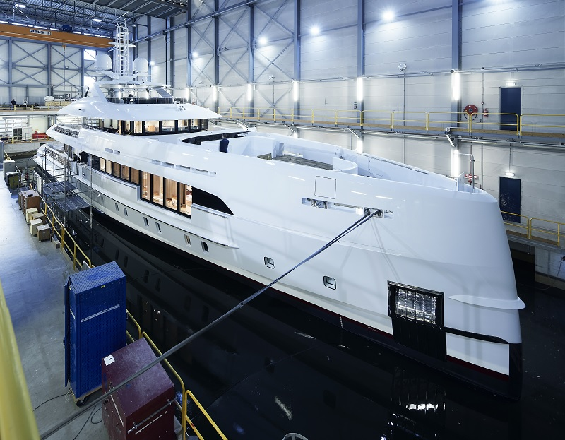 Heesen vende Project Electra