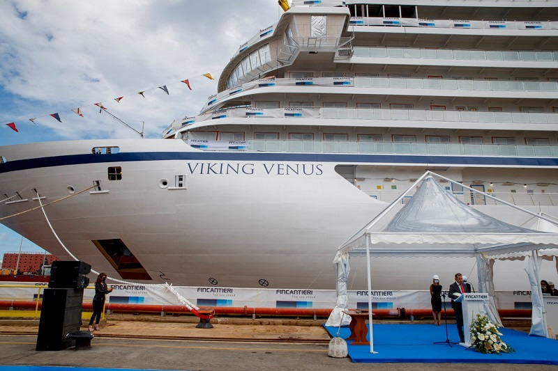 "Varata ad Ancona ""Viking Venus"""