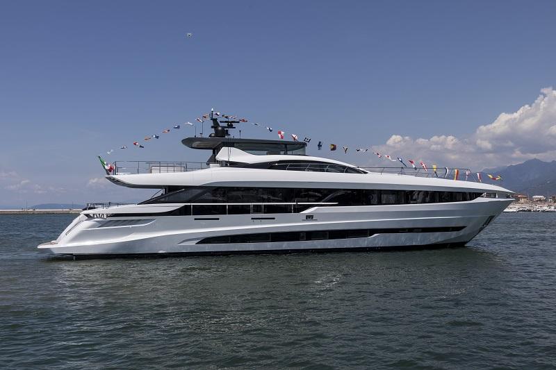In acqua il nuovo Mangusta GranSport 33