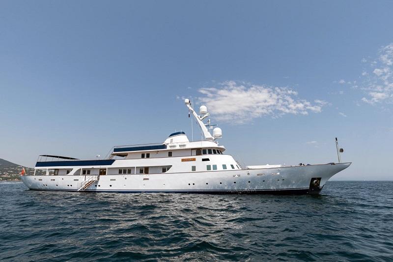 In vendita da Camper & Nicholsons M/Y Paloma, classico megayacht di 60 metri