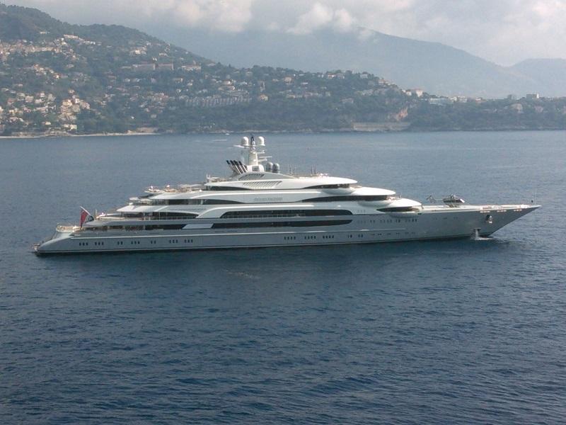 Anche gli yacht sono tutelati dal diritto di autore come disegni e opere di architettura