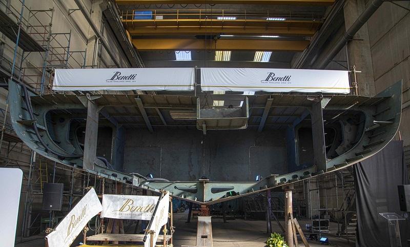 Benetti celebra la cerimonia della moneta del nuovo custom yacht di 62 metri