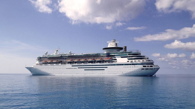 Empress e Majesty of the Seas lasciano la flotta Royal Caribbean