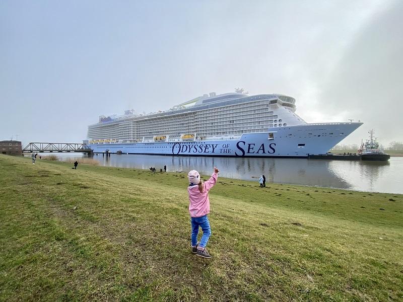 Odyssey of the Seas parte per le prove in mare. Meyer Werft preoccupata per il portafoglio ordini.