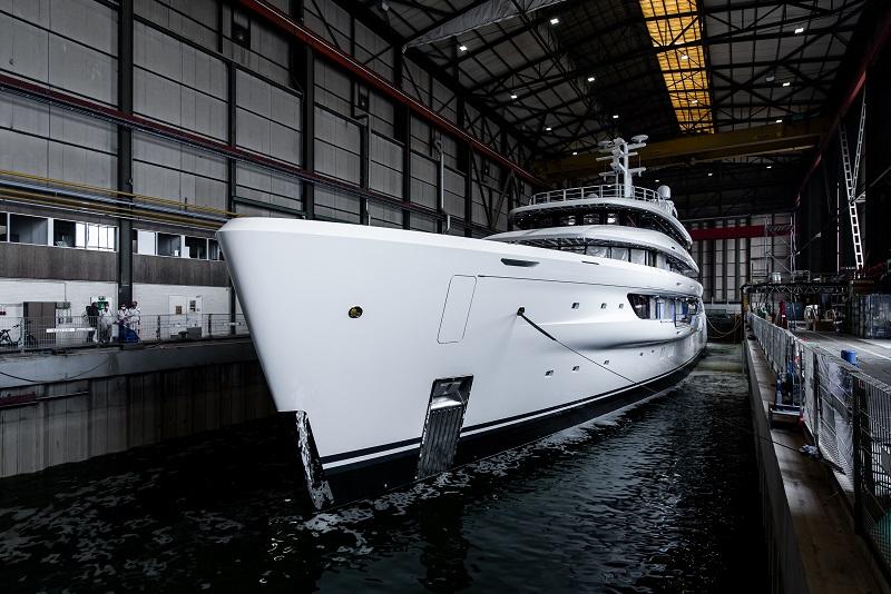 Varato l'Amels 78 metri Full Custom