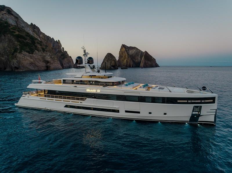 Baglietto al Monaco Yacht Show con i motor yacht Panam e Club M