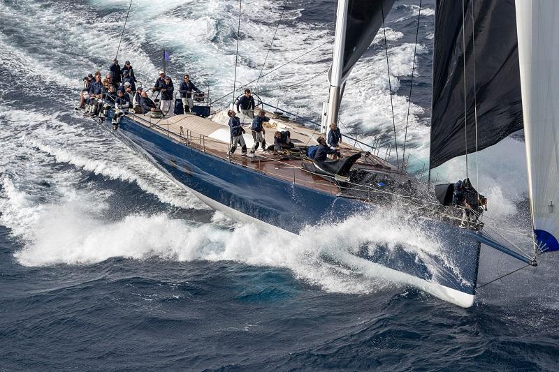 I fast cruiser Wally sbaragliano gli avversari a Les Voiles de Saint Tropez