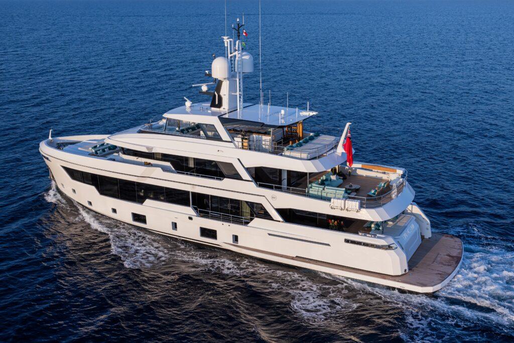 RSY 38m EXP M/Y Emocean: non il classico explorer yacht