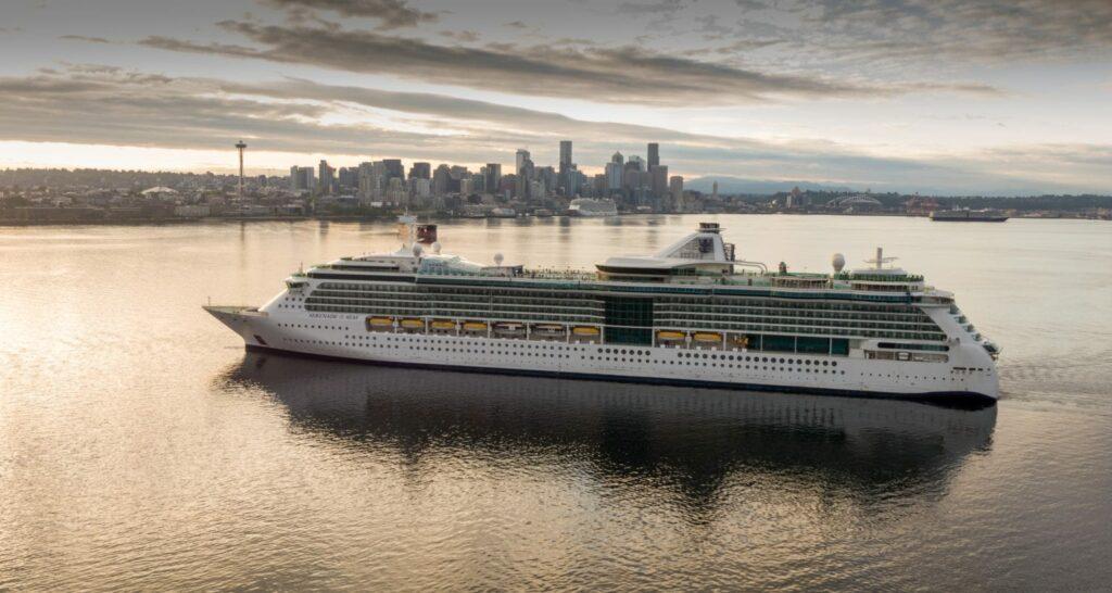 Ultimate World Cruise, il giro del mondo più lungo e completo di sempre: 274 notti a bordo di Serenade of the Seas