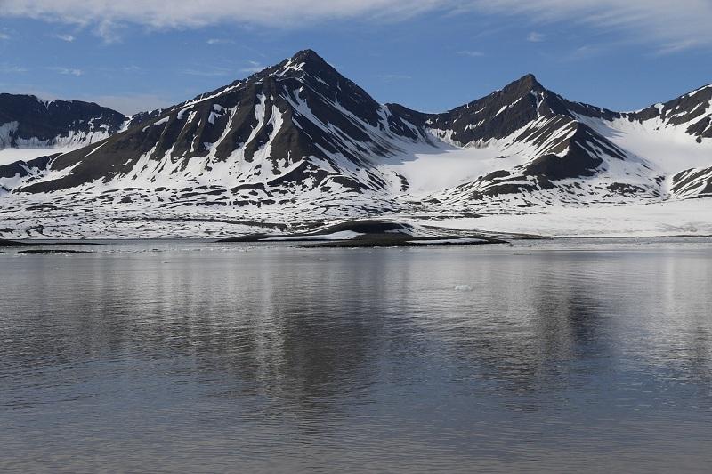 Dal 2020 nuove regole per il transito delle navi passeggeri alle Svalbard