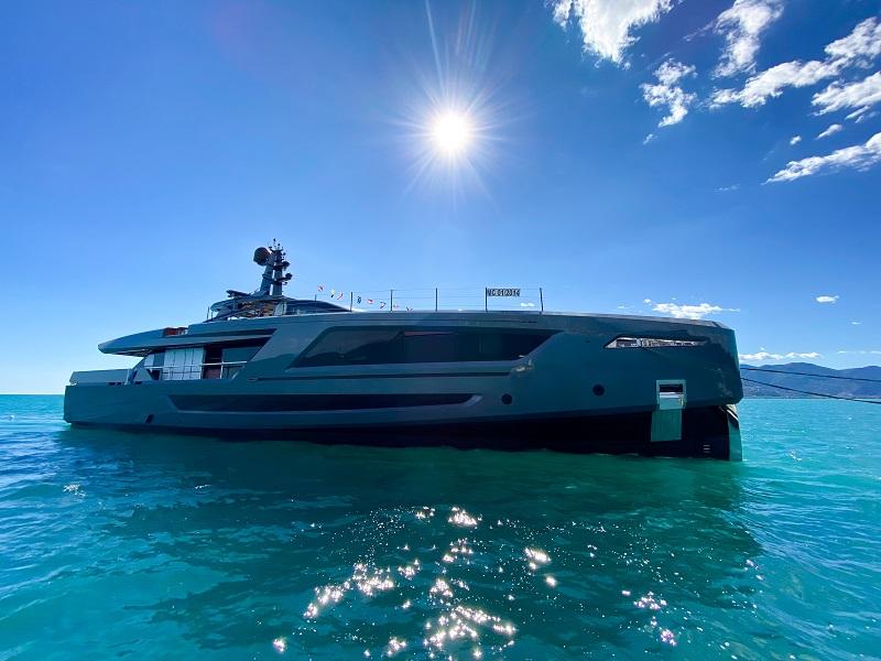 Con M/Y Panam Baglietto attualizza le imbarcazioni performanti firmate Francesco Paszkowski Design