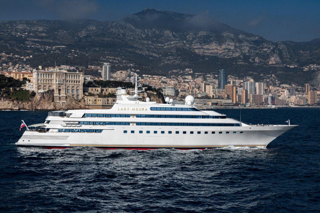 Venduto Lady Moura, il primo moderno superyacht